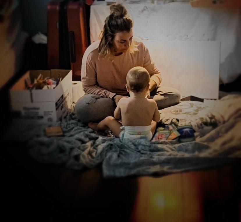 La parentalité suggère de mettre en place des activités apaisantes pour son enfant.