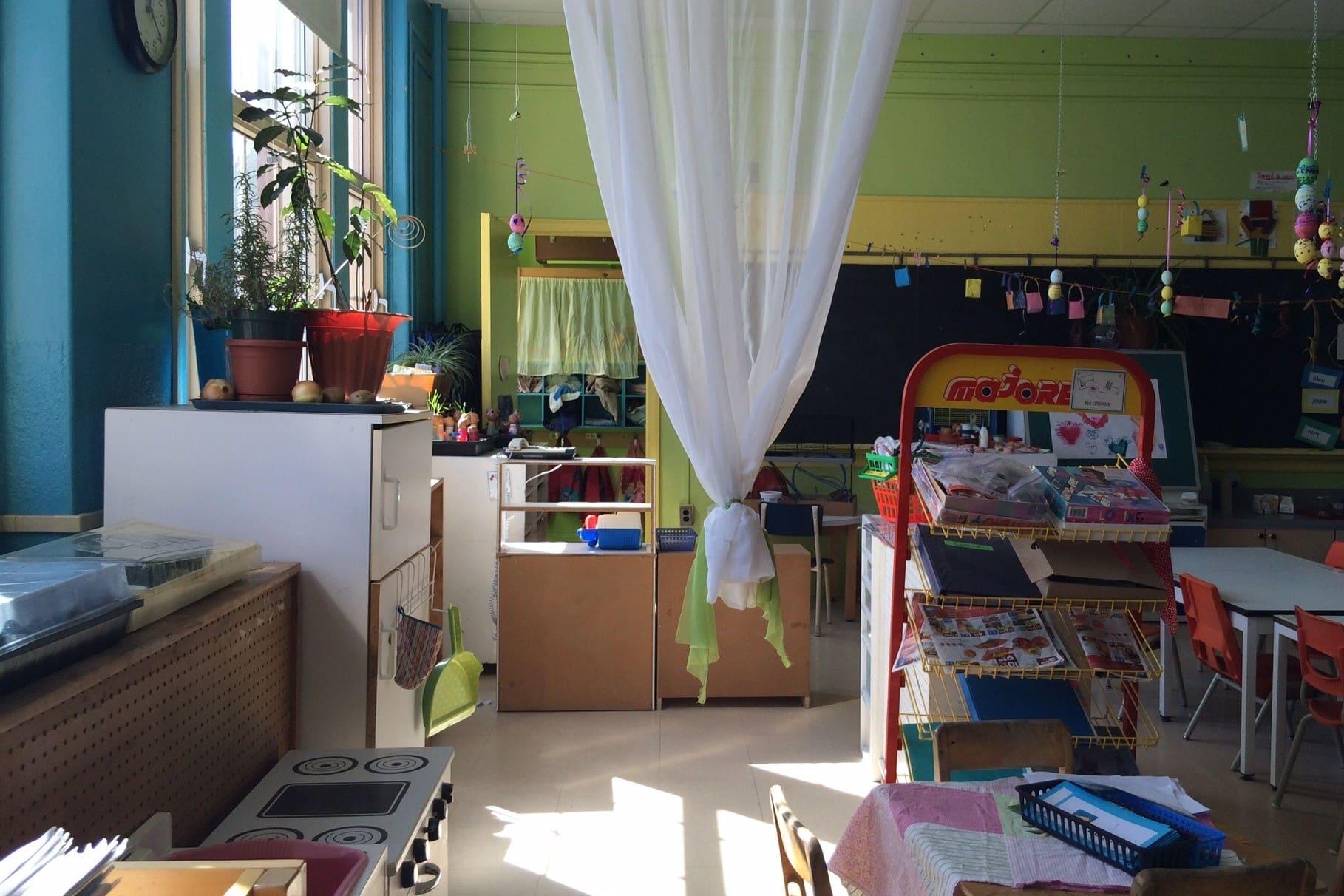 Photo de la classe de maternelle de Madame Gaetanne, enseignante formée en pédagogie Waldorf